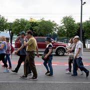 Touristen am Schwanenplatz in Luzern. (Bild: Corinne Glanzmann (5. Juni 2018))