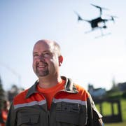 Drohneninstruktor Ueli Sager. (Bild: Keystone)