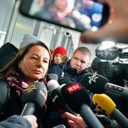Die Verteidigerin von Thomas N. Renate Senn beantwortet Fragen vor dem Aargauer Obergericht. (Bild: Keystone/Walter Bieri, Aarau, 13. Dezember 2018)