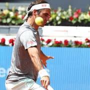 Roger Federer im Training in Madrid. Bild Kiko Huesca/Keystone (3. Mai 2019)