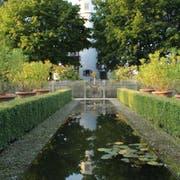 Architekt Robert Bamert wohnt im Schloss Kleiner Hahnberg. Am Samstag öffnete er die Tore der Öffentlichkeit. (Bilder: Katharina Schatton
