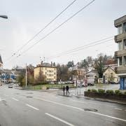 Stimmt auch das Volk dem Kredit für den Uni-Neubau zu, werden die bestehenden Bauten auf dem 9500-Quadratmeter-Areal abgerissen. (Bild: Hanspeter Schiess)