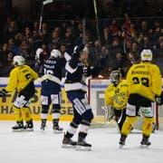 La Chaux-de-Fonds jubelt und zieht in den Swiss-League-Final ein, für Thurgau ist die Saison zu Ende. (Bild: Alessandro Santarsiero/Sports-Media)