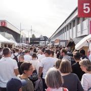 T-Shirt-Wetter als Grund für den Anstieg? Wieder mehr Publikum besuchte die Olma in den vergangenen elf Tagen. (Bild: Hanspeter Schiess)