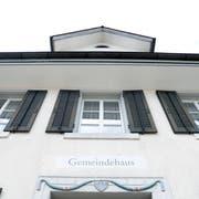 Die Neuheimer Stimmbürger befinden am 24. November über die Gemeindeordnung (Bild: Werner Schelbert (Neuheim, 11. April))