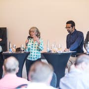 Podiumsdiskussion zu den Gemeinderatswahlen vom 10. Juni mit vier der fünf Kandidaten: Patrick Schnellmann CVP (von links), Moniquie Frey (Grüne), Brahim Aakti (SP) und Felix Müri (SVP). (Bild: Manuela Jans-Koch (Emmen, 24. Mai 2018 Emmen))