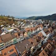 Steht vor einer neuen Ortsplanung: Willisau, aufgenommen vom Turm der Pfarrkirche St. Peter und Paul. (Bild: Philipp Schmidli, 16. Januar 2015)
