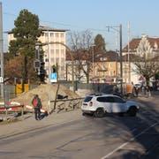 Am Stadtbahnhof soll eine Unterführung für den Strassenverkehr sowie eine für Velofahrer und Fussgänger entstehen. (Bild: Laura Manser)