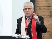 Der 65-jährige SP-Ständerat Hans Stöckli, Vizepräsident des Komitees Sion 2026, gerät ins Schussfeld der Olympiagegner. (KEYSTONE/Peter Schneider; Bern, 20. Februar 2017)