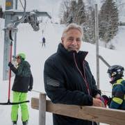 Theo Schnider, Verwaltungsratspräsident der Bergbahnen Sörenberg, beim Skilift Ochsenweid. (Bild: Boris Bürgisser, Sörenberg, 31. Januar 2019)