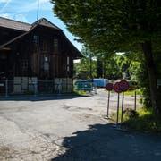 Das Eichwald-Areal bei der Luzerner Allmend mit dem Salzmagazin. Hier soll bis 2022 eine neue Wohn- und Gewerbesiedlung entstehen. (Bild Philipp Schmidli (Luzern, 25. Mai 2018))