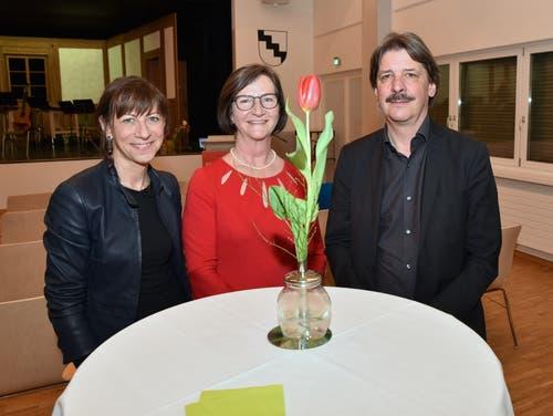 9. März: Die prominentesten Gäste bei der 100-Jahr-Feier der SP Sevelen sind Regierungsrätin Heidi Hanselmann (links) und Ständerat Paul Rechsteiner. (Bild: Heini Schwendener)