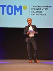 OK-Präsident Peter Kroll richtet erste Worte an die Gäste. (Bild: Ruben Schönenberger)