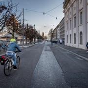 Die Teilstrecke zwischen Theaterplatz und Seidenhofstrasse soll bis Ende Juni autofrei werden. (Bild: Pius Amrein, Luzern 4. Januar)
