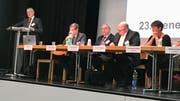Rolf Born, Präsident des Verbands der Luzerner Gemeinden, hat in Kriens durch die Generalversammlung geführt. (Bild: Evelyne Fischer, 10. April 2019)