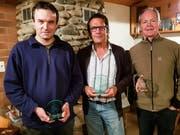Die drei Besten der Jahresmeisterschaft 2018 des FSV Basadingen: der Zweitplatzierte Philipp Leu, Jahresmeister Peter Mathys und Urs Klingenfuss auf Rang drei. (Bild: PD)