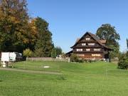 Das damalige Gasthaus steht heute noch. Allerdings wurde die Scheune abgebrochen.