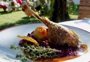 Gänsebraten mit Kartoffelknödel und Blaukraut ist der kulinarische Klassiker in Österreich und Deutschland. (Bilder: Ingrid Schindler)