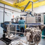 Eine Bühler-Druckgussanlage im Cubic. Vorne links eine Batteriewanne für den neuen Audi e-tron. (Bilder: Urs Bucher / Uzwil, 22. Mai 2019)