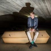 Weinfelden TG - Levin Ulmann arbeitet als Bestatter in Lindau ZH. Der Weinfelder ist nebenberuflich Organist.