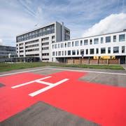 Das Spital Einsiedeln beim Tag der offenen Tür nach der Sanierung im vergangenen Jahr. (Bild: Urs Flüeler/Keystone, Einsiedeln, 22. September 2018)
