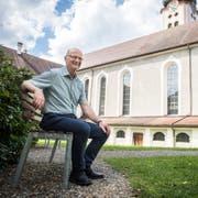 Direktor Werner Ibig im Innenhof des Klosters Fischingen (Bild: Reto Martin, 11. Juli 2018)