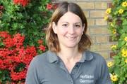 Claudia Germann stellt verschiedene Konfisorten für ihr Hoflädeli in Goldach her. (Bild: Sina Walser)
