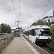 Ab 2021 halten am Bahnhof Bruggen vier S-Bahnen pro Stunde und Richtung. Allerdings fahren dann – wie heute bereits in Winkeln – jeweils zwei Züge praktisch hintereinander. (Bild: Ralph Ribi/3. September 2018)