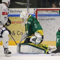 Goalie Aeberhard sei Dank: HC Thurgau besiegt La Chaux-de-Fo ...
