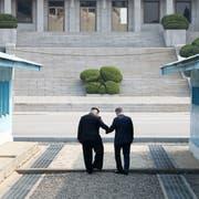 Die Präsidenten von Nord- und Südkorea treffen sich. (Bild: Getty, Panmunjom (Südkorea), 27. April 2018)