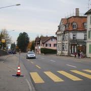 Der Fussgängerstreifen bei der Bushaltestelle Bruggbach. (Bild: Elena Fasoli)
