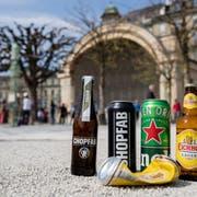 Chopfab statt Heineken oder Eichhof: Das Blue Balls Festival setzt auf Bier aus Winterthur. (Bild: Philipp Schmidli, Luzern, 2. April 2019)