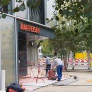 Am Montagnachmittag wurde die Raiffeisenbank in Wittenbach überfallen. (Bild: Ralph Ribi)