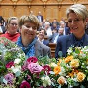 Die beiden neugewählten Bundesrätinnen: Viola Amherd (links) und Karin Keller-Sutter. Bild: Anthony Anex / Keystone