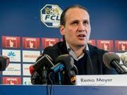 Sportchef Remo Meyer spricht zu den Medien. (Bild: Nadia Schärli)