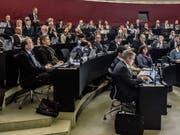 Blick in den Kantonsratssaal mit der CVP-Fraktion im Vordergrund. (Bild: Nadia Schärli, Luzern, 18. Februar 2019)