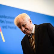 Noch-CSU-Chef und Bundesinnenminister Horst Seehofer. (Bild: Clemens Bilan/EPA, Berlin, 5. November 2018)