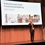 Stadtpräsident und «Kulturminister» Thomas Scheitlin wohnte natürlich allen Forumsveranstaltungen zum Kulturkonzept 2020 bei. (Bild: Simon Netzle - Lokremise, 3. Dezember 2018)