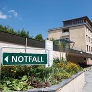 Auch die Konsultationen von Notfall und Rettung haben sich am Spital Appenzell negativ entwickelt. (Bild: Ralph Ribi)
