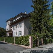 Die Villa Obergrundstrasse 92 in Luzern. (Bild: Pius Amrein, 12. April 2017)