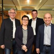 Zu den bisherigen Stadträten Erwin Tanner, Daniela Di Nicola und Stefan Koster, die sich alle nochmals zur Wahl stellen, gesellt sich nun noch Felix Würth (2. v. r.) als neuer Kandidat für den Stadtrat. (Bild: Manuel Nagel)