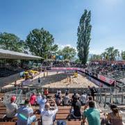 Leere Ränge am Beachvolleyball-Turnier - dieses schrieb dieses Jahr einen Verlust. (Bild: Pius Amrein, 11. Mai 2018)