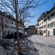 Der Mühleplatz mit der Pizzeria zur Mühle im Städtli Sursee. (Bild: Eveline Beerkircher, Sursee, 20. März 2019)