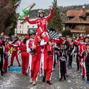 Das Fasnatico Racing Team am Umzug in Neudorf. (Bild: Nadia Schärli, 3. März 2019)