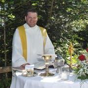 Pfarrer Werner Fleischmann in glücklicheren Zeiten (Bild: Archiv)