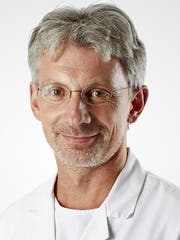 Dr. med. Ralph Melzer.