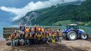 Die Pfingstlagerteilnehmer nach dem Auswassern in Walenstadt. (Bild: Johannes Reich)