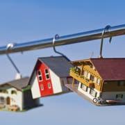 Der Traum vom eigenen Haus lockt immer - derweil fallen am Hypothekarmarkt alte Gewissheit weg. (Bild: www.mauritius-images.com)