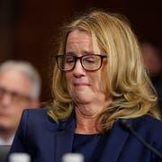 Der Justizausschuss des US-Senats hat zunächst die Psychologie-Professorin Christine Blasey Ford angehört. Sie beschuldigt Brett Kavanaugh, den Supreme-Court-Kandidaten von US-Präsident, 1982 versucht zu haben, sie zu vergewaltigen. (Bild: KEYSTONE/Andrew Harnik/Getty Images)