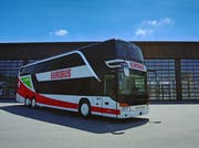 Mit solchen neuen Doppelstock-Bussen geht's ab Sonntag von Luzern nach Zürich – und umgekehrt. (Bild: PD)